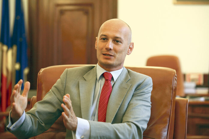 Bogdan Olteanu a fost condamnat la 5 ani de închisoare