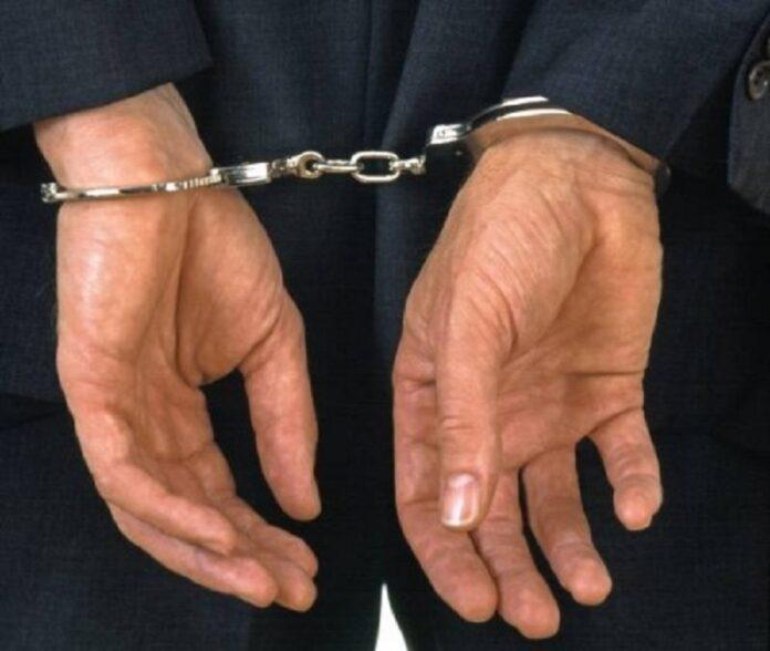 Cinci batrani, acuzati de intretinere de relatii sexuale cu o copila de 10 ani