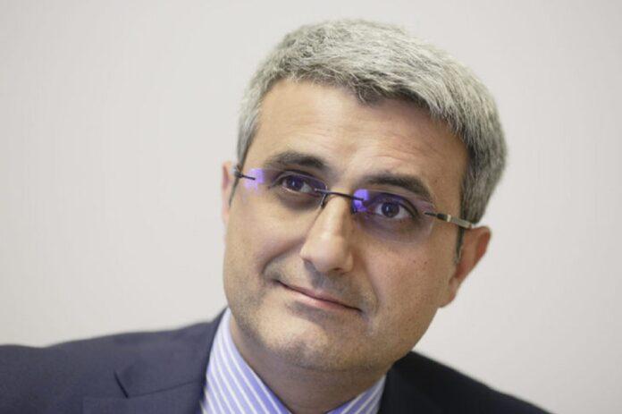 Robert Turcescu, razboi cu aktual24