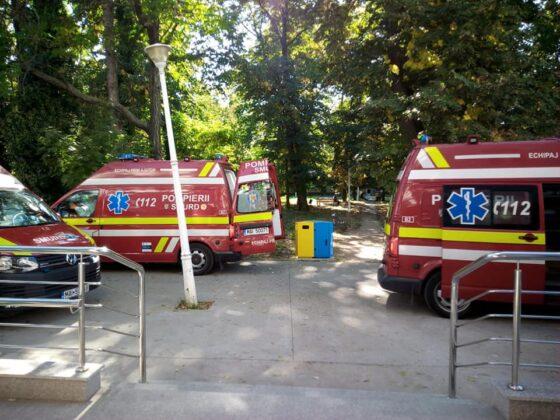Ambulantele aduc intruna pacienti covid